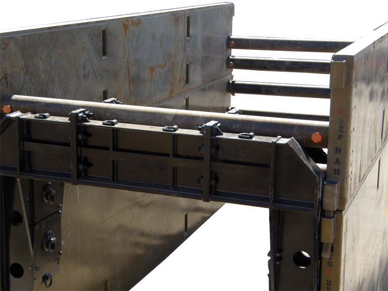 Trench Box Spreaders And Arches Trenchtech Inc